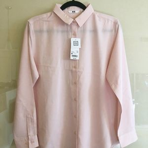 UNIQLO easy care pink rayon blouse/shirt, sz M